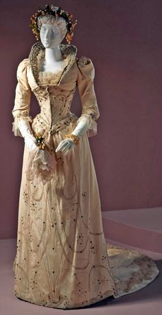Two-piece wedding dress, United States, Louisville, Kentucky, 1891. Corded silk with glass beads, rhinestones, and amethysts. Los Angeles County Museum of Art
