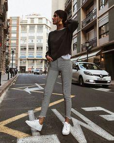 Hem Tarz Hem Trend  #hemtarzhemtrend #fashion #moda #love #life #istanbul #model #kombin #style #loveit #bursa #bukombin #topuklubot #stiletto #istanbul #ankara #izmir #antalya #adana #hatay #modvay #topukluayakkabı #platform #instastyle #instagood #topuklu #gununtarzi #modasondurum #modawoow