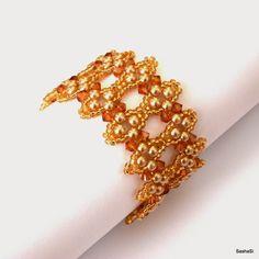 SashaSi Beaded Bridal Bracelet with Pearls and Swarovski Crystals