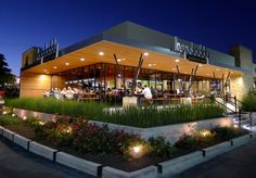 Hopdoddy Burger Bar - 2 locations, hormone and antibiotic free beef, hand cut fries, buns made from scratch and baked fresh twice everyday. Container Bar, Burger Places, Strip Mall, Rustic Restaurant, Good Burger, Famous Places, Places To Eat, Exterior, Mansions