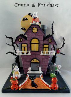 Haunted House Cake by Creme & Fondant