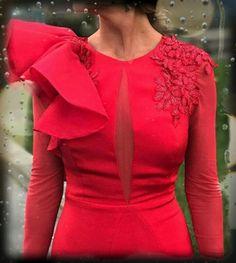 Couture Dresses, Fashion Dresses, Elegant Dresses, Casual Dresses, Mode Chic, African Dress, I Dress, Frill Dress, Couture Fashion