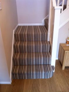 Best Photo Carpet Stairs stripy Ideas Among the fastest methods to revamp your t. Best Photo Carpet Stairs stripy Ideas Among the fastest methods to revamp your tired old staircase Best Carpet, Diy Carpet, Modern Carpet, Hallway Carpet Runners, Cheap Carpet Runners, Stair Runners, Striped Carpets, Cost Of Carpet, Hall Carpet
