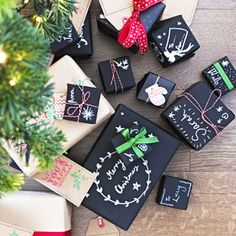 Chalkboard Wrapping Kit 2 Sheets Rustic Style Gift Wrap / Christmas & Chalk & Twine from Luck & Luck