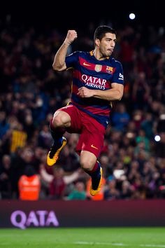 Luis Suarez Photos - Luis Suarez of FC Barcelona celebrates after scoring his team's fourth goal during the La Liga match between FC Barcelona and Sporting Gijon at Camp Nou on April 2016 in Barcelona, Spain. - FC Barcelona v Sporting Gijon - La Liga Barcelona Sports, Lionel Messi Barcelona, Barcelona Futbol Club, Dani Alves, Fifa, Football Memes, Derby, Football Players, Camp Nou