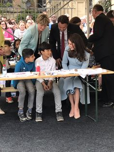 Kensington Palace (@KensingtonRoyal) on Twitter:  Visit to Luxembourg, May 11, 2017-The Duchess of Cambridge chats with children working on jerseys ahead of the Tour de France