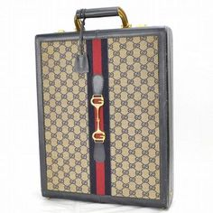 I generally don't like logo-blasted bags, but this old school briefcase is the exception. Gucci Handbags, Handbags On Sale, Luxury Handbags, Fashion Handbags, Vintage Purses, Vintage Gucci, Hand Logo, Blue Canvas, Handbag Accessories