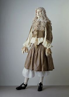 Doublet, cassock and petticoat breeches, 1660.
