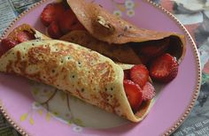 A gluten free french crepe recipe. Mmm yummy!   #glutenfree #lactosefree #crepe