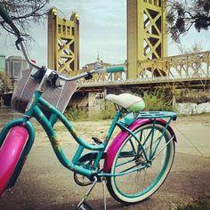 bike ride to the bridge. I <3 my beach cruiser!