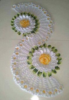 Home Decor Crochet Patterns Part 97 - Beautiful Crochet Patterns and Knitting Patterns Crochet Flower Patterns, Doily Patterns, Crochet Motif, Crochet Designs, Crochet Doilies, Crochet Flowers, Knitting Patterns, Crochet Table Runner, Crochet Tablecloth