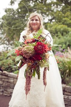 Love my fall brides...especially when they have bouquets like this!!