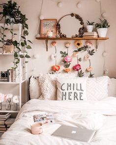 gorgeous cozy dorm room ideas you'll want to copy 15 ~ mantulgan.me gorgeous cozy dorm room ideas you. Cute Bedroom Ideas, Cute Room Decor, Cheap Room Decor, Cute Teen Bedrooms, Blue Bedrooms, Wall Decor, Wall Art, Cheap Bedroom Makeover, Cozy Dorm Room