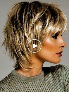 30 Korte, gelaagde kapsels 30 Korte, gelaa… - Beauty is Art Hair Styles 2016, Medium Hair Styles, Curly Hair Styles, Short Shag Hairstyles, Short Layered Haircuts, Shaggy Haircuts, Medium Thin Hairstyles, Hairstyles For Long Faces, Mature Women Hairstyles