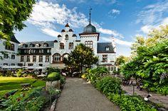 """""""Hotel Kronenschlösschen"""" in 65347 Eltville-Hattenheim, Hesse - Germany."""
