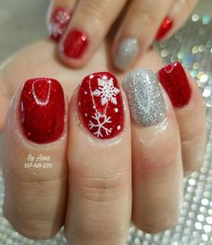 #christmas #nailsalon #beauty #salon #bellanailbar #nailsalons #nailsalondaytonohio #centervilleohio #miamisburgohio #daytonohio #springboroohio #Waynesvilleohio #Christmasnails #christmasnailart