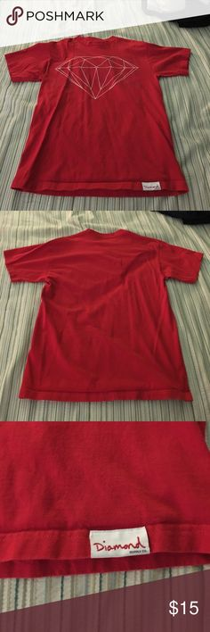 DIAMOND SUPPLY CO SHIRT PRETTY GOOD QUALITY. SIMPLE AND A SKATER BRAND. COMMENT IF YOU HAVE ANY QUESTIONS. Diamond Supply Co. Shirts Tees - Short Sleeve