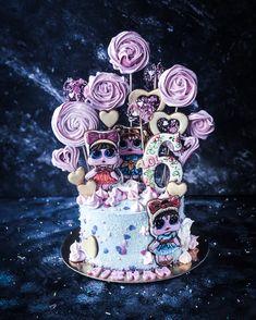 Девочки - такие девочки!! Мне очень часто заказывают торты в стиле кукол LOL! Gingerbread, Dubai, Cake Decorating, Birthday Cake, Lol, Cakes, Decoration, Desserts, Laughing So Hard