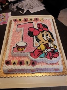 Torta Minnie Mouse, Minnie Mouse Birthday Cakes, Birthday Cake Girls, Torta Baby Shower, Cake Writing, Girl Cakes, Tart, Cake Decorating, Food