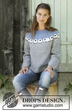 / DROPS - Free knitting patterns by DROPS Design : Sheep Happens! / DROPS – Knitted pullover with round yoke in DROPS Merino Extra Fine or Lima. The piece is worked top down with a Nordic pattern with sheep. Sizes S – XXXL. Fair Isle Knitting Patterns, Jumper Patterns, Fair Isle Pattern, Sweater Knitting Patterns, Top Pattern, Free Pattern, Knitting Sweaters, Knitting Ideas, Drops Design