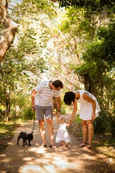 Creative, beautiful and affordable photography by Libby Derham based on the Sunshine Coast Bella Photography, Photography Ideas, Family Photos, Couple Photos, Sunset Photos, Sunshine Coast, Aaliyah, Holiday Photos, Photoshoot Ideas