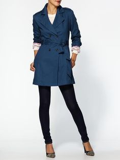 love the color, blue trench!