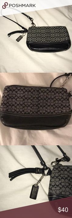 Coach wristlet This wristlet is in good condition and looks like it's brand new! Coach Bags Clutches & Wristlets