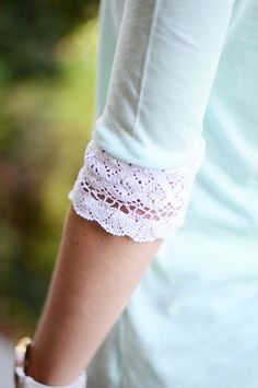 10-Minute DIY: Lace Elbow Embellished T-Shirt