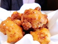 Oyster Fritters 1 pint oysters 1 cup Abbitt hushpuppy mix w/ onions 1 egg Oil for frying Drain oysters, Mix hushpuppy mix as directed, adding egg. Stir in oysters, mix well.Heat oil to medium, spoon in fritter mixture,fry until golden brown, on each side, about 2-3 minutes each. Serve with steam spinach and boiled potatoes.
