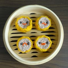 Crochet your own adorable amigurumi siu mai with our free crochet pattern and step-by-step tutorial! These popular dim sum staples look adorable in their bamboo steamer and various expressions! Make them for all your foodie and dim sum loving friends! Crochet Food, Cute Crochet, Crochet Cake, Crochet Things, Crotchet, Amigurumi Patterns, Crochet Patterns, Amigurumi Tutorial, All About Ami