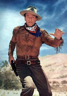 John Wayne's Batjac Productions Company gun belt and rig used in numerous Westerns. John Wayne Quotes, John Wayne Movies, John Wayne Western Movies, Westerns, Classic Hollywood, Hollywood Stars, Planet Hollywood, Vintage Hollywood, The Quiet Man
