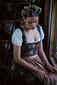 Romantisches Rosenprint Dirndl, Lena Hoschek Tradition