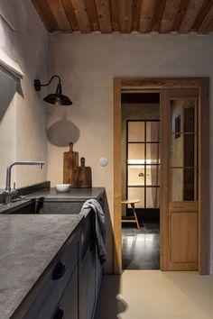 Miramari added a new photo. Kitchen Island, Kitchen Cabinets, Ikea, Interior Design, House, Inspiration, Home Decor, Type 3, Theater