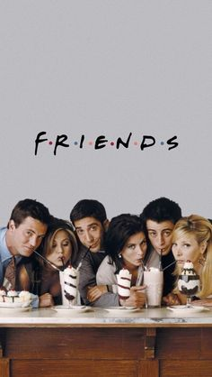 For those who watched friends on Netflix I know how you fell😭 Friends Tv Show, Tv: Friends, Friends Cast, Friends Episodes, Friends Moments, Friends Forever, Friends 1994, Chandler Friends, Photos Amoureux