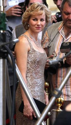 First Pictures Of Naomi Watts As Princess Diana