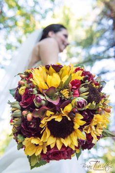 Silk Wedding Flower Fall Bouquet #weddingbouquet #wedding #flowers by @hollysflowers93, www.hollysweddingflowers.com or www.etsy.com/shop/Hollysflowershoppe