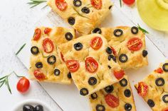 Menos pizza mala y más focaccia buena: todo lo que debes saber sobre este legendario pan plano italiano Italian Recipes, Pineapple, Cookies, Fruit, Ethnic Recipes, Desserts, Cooking Ideas, Ideas Para, Food