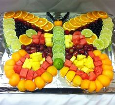 Fruit butterfly cakepins com cakepinscom from b Fruit Appetizers, Appetizers For Party, Fruit Dips, Fruit Trays, Fruit Snacks, Best Fruits, Healthy Fruits, Fruit Platter Designs, Fruits Decoration