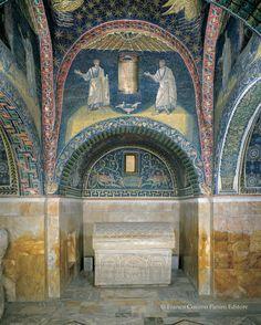 """425-50.Mausoleum of Galla Placidia, Ravenna. Emilia-Romagna, Italy. Mausoleo di Galla Placidia a Ravenna (Franco Cosimo Panini Editore, collana """"Mirabilia Italiae"""")."""