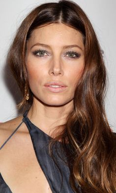 Long Haircut: Jessica Biel's Centre Parting And Chestnut Brown Locks Look Effortless And Low-Key, 2012