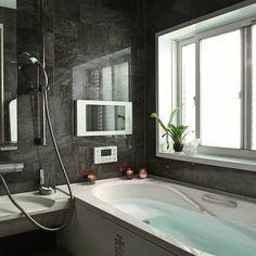 これは惚れる!お風呂掃除がラクラクになる便利な100均アイテム12選 - LOCARI(ロカリ) House Design, Family Living, Bathroom, House Plans, House, Home, Interior, Bathroom Design, Bathtub