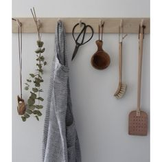 Japanese washed linen apron stripe black and white Kitchen Hooks, Kitchen Shelves, Cozy Cottage, Cozy House, Laundry Room Inspiration, Garage Interior, Home Organisation, Linen Apron, Apartment Kitchen