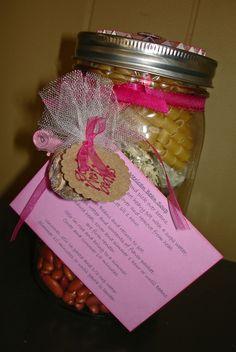 mexican bean soup in a jar Christmas Food Gifts, Holiday Gifts, Christmas Crafts, Christmas Baskets, Christmas 2014, Christmas Ideas, Mason Jar Mixes, Mason Jars, Jar Mix Recipe