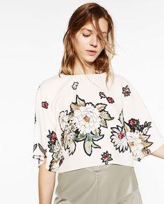Image 2 of FLORAL PRINT KIMONO TOP from Zara