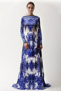"Naeem Khan - Pre-Fall 2015 - Look 2 of 25 - Great use of the design in this fabric to create this look. Look for printed fabrics then style your dress using the design in the fabric to ""create"" a look. In other words,let the print guide your design."