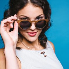 Sonnblick orech – waidzeit.sk Round Sunglasses, Sunglasses Women, Fashion, Moda, Round Frame Sunglasses, Fashion Styles, Fashion Illustrations