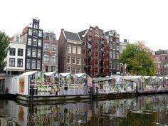 Amsterdam - Bloemenmarkt- The Bloemenmarkt is the world's only floating flower market