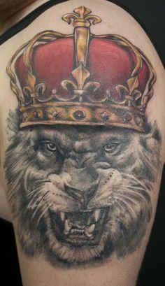 King of the jungle wearing a crown by  Kenny K-Bar | #InkedMagazine