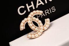 Chanel Brooch- Pearl – KarensClosetNY #chanelbrooch #chanel #chaneljewels