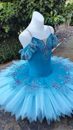 Kozilovetutus Theatre Costumes, Tutu Costumes, Ballet Costumes, Disney Dresses, Girls Dresses, Gymnastics Costumes, Blue Tutu, Ballet Clothes, Ballet Fashion